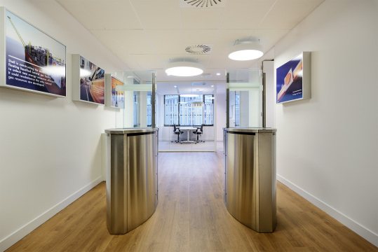 Elektrotechniek en data Maris Shell Headquarters