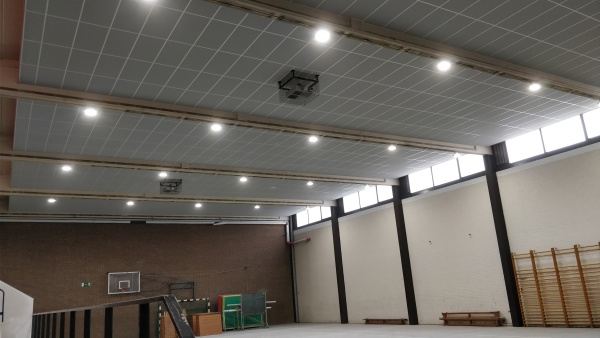 Genk relighting LED sporthal Maris